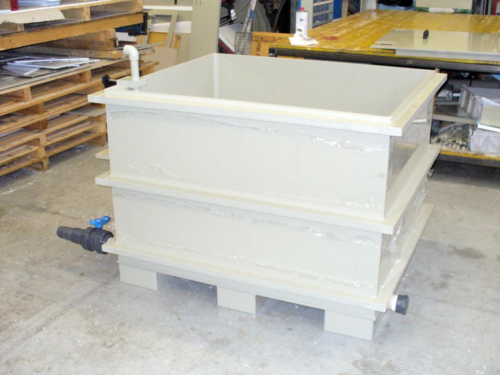 Lavorazione materie plastiche impianti industriali for Vasche in plastica per giardino